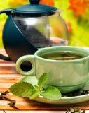 De Middelendrank zich van de munt verfrist de Groene Thee en Koffie stock foto's