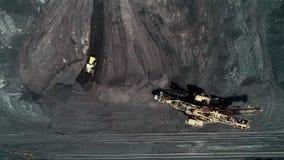 De mijnbouw open kuilindustrie stock footage