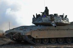 De Militair en de Tank van het leger Stock Foto
