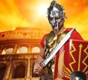 De militair van de legionair voor coliseum royalty-vrije stock afbeelding