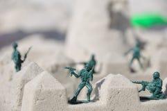 De militairen van het stuk speelgoed het bewaken Royalty-vrije Stock Foto