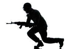 De militairmens van het leger op aanval Stock Fotografie