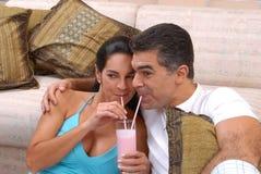 De milkshake van het paar. Stock Fotografie