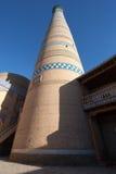 De minaret van Islomhoja in Itchan Kala - Khiva Royalty-vrije Stock Foto