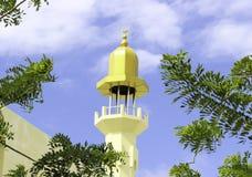 De Minaret van Masjid al-Azeez Moosa Stock Foto