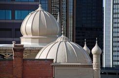 De Minaretten van het dak boven een Kerk stock foto