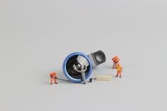 de mini schoonmakende camera van de mensenarbeider len Royalty-vrije Stock Foto's