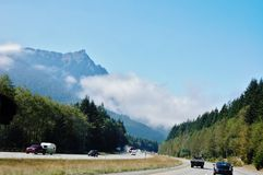 De mist van de staat van Washington op de wegen Royalty-vrije Stock Afbeeldingen