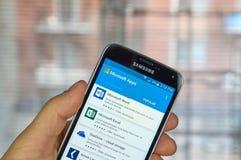 De mobiele toepassingen van Microsoft Office Stock Afbeeldingen