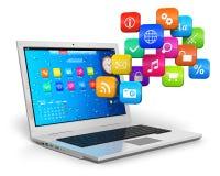 De mobiliteit van de computer en wolk gegevensverwerkingsconcept Stock Fotografie