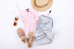 De moda modernos buscan el lookbook elegante del blog de la moda Endecha plana de la ropa elegante para la revista de la mujer Li Imágenes de archivo libres de regalías