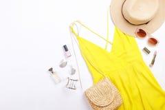 De moda modernos buscan el lookbook elegante del blog de la moda Endecha plana de la ropa elegante para la revista de la mujer Li foto de archivo