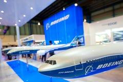 De modelvliegtuigen van Boeing in Singapore Airshow 2014 stock afbeeldingen