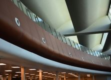 De moderne architecturale binnenlandse foto van de ontwerpvoorraad Stock Foto