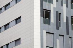 De moderne bouw Externe voorgevel van een modern gebouw Barcelona (Spanje) Stock Afbeelding