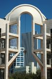 De moderne bouw in Tel Aviv, Israël stock afbeeldingen