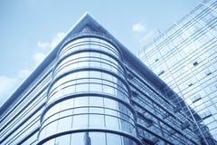 De moderne bouw van de glasgordijngevel royalty-vrije stock afbeelding