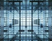 De Moderne Bouw van het architectuurdetail met Glasvoorgevel Stock Foto's