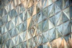 De moderne Bouw van het Glas in Samenvatting Stock Foto