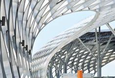 De moderne coliseumbouw Stock Afbeeldingen