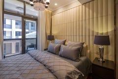 De moderne decoratie van de het ontwerpslaapkamer van het luxe binnenlandse huis Royalty-vrije Stock Afbeelding