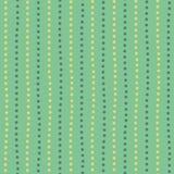 De moderne gele en groene getrokken hand stippelde willekeurige verticale lijnen Naadloos geometrisch patroon op munt groene acht royalty-vrije illustratie