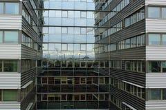 De moderne glasbouw royalty-vrije stock fotografie