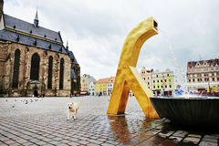 De moderne gouden fontein Royalty-vrije Stock Foto's