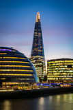 De moderne horizon van Londen royalty-vrije stock afbeeldingen