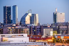 De Moderne Horizon van Tallinn, Estland Stock Fotografie