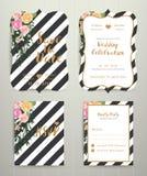 De moderne kaart van de huwelijksuitnodiging die op zwart-witte streepbac wordt geplaatst Stock Foto