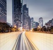 De moderne mening van de stadsnacht in Shanghai stock fotografie