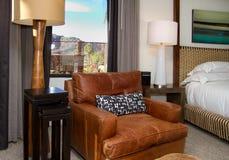 De moderne Slaapkamer van de Hoteltoevlucht Royalty-vrije Stock Afbeeldingen