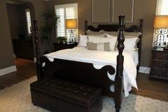 De moderne slaapkamer van het luxehuis. Royalty-vrije Stock Fotografie