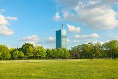 De moderne stadsbouw Stock Afbeelding