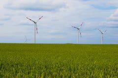De moderne Turbine van de Windmolen, de Macht van de Wind, Groene Energie Stock Afbeelding