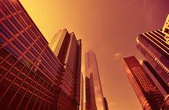 De moderne wolkenkrabbers van Chicago bij zonsondergang Stock Afbeeldingen