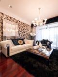 De moderne woonkamer van de luxe Stock Foto's