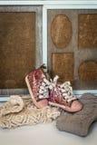 De modieuze kleren van kinderen voor het meisje stock fotografie