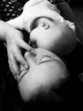 De moeder en de baby van de slaap Royalty-vrije Stock Foto's