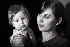 De moeder van het portret met baby Stock Afbeeldingen