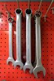 De moersleutels hangen Stock Fotografie