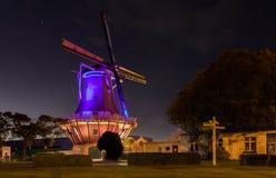 De Molen Natt ljus Arkivfoton