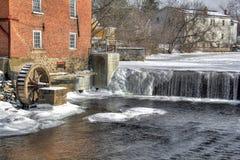 De molen van de de winterrivier Stock Foto