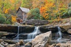 De Molen van het de Kreekmaalkoren van de Open plek in West-Virginia Stock Foto