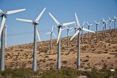 De molenlandbouwbedrijf van de wind Stock Afbeelding