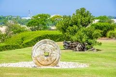 De molensteen, olijfoliepers Royalty-vrije Stock Fotografie