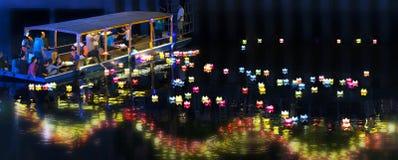 De monniken laten vallen lantaarns op rivier Royalty-vrije Stock Foto