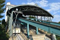 De Monorail van Dresden stock fotografie