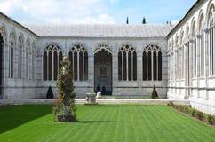 De monumentale begraafplaats interne binnenplaats in Pisa Royalty-vrije Stock Afbeeldingen